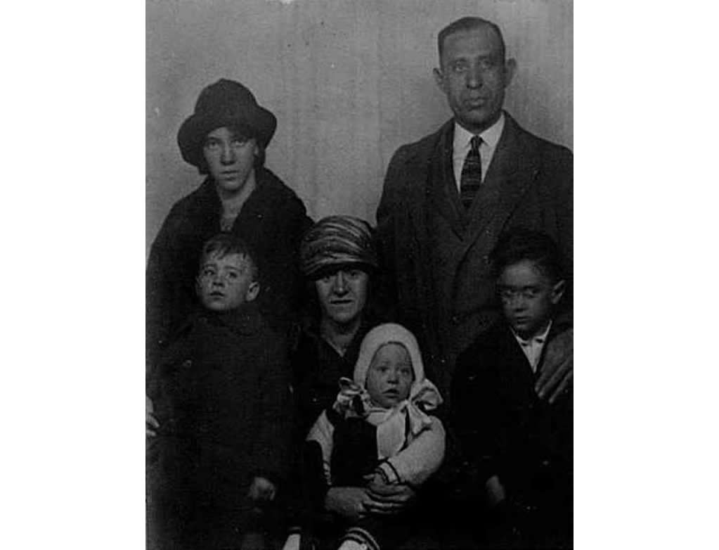 1923: Frank and his wife Theresa and their 4 children, Josephine, Ned, Frank Jr and James.